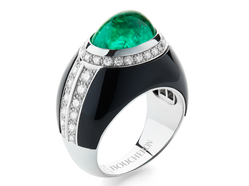 Boucheron Cabochon ring set with a Colombian emerald cabochon, onyx, paved with diamonds on white gold