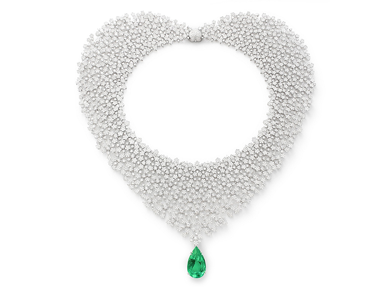 Pasquale Bruni 4Th Chakra necklace mounted on white gold with diamonds and emerald