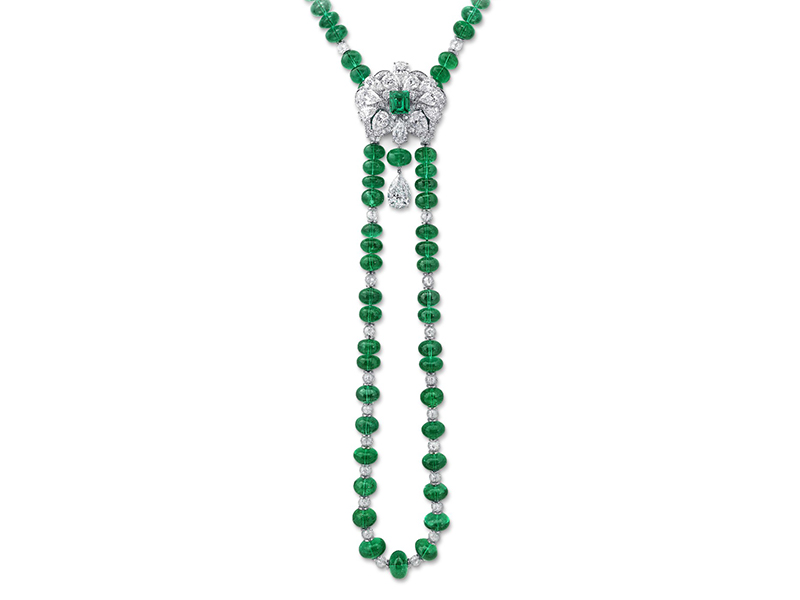 Graff Necklace set with emerald and diamonds