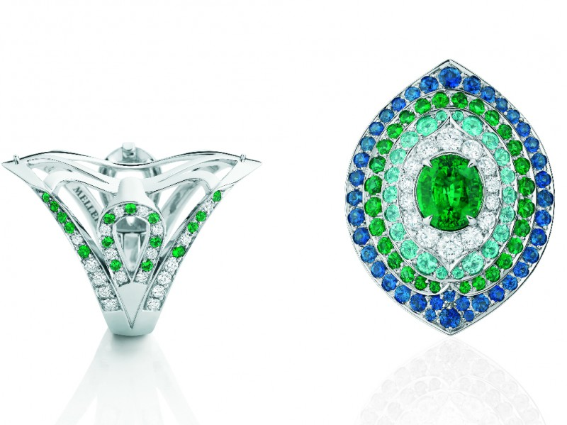 Mellerio Goa ring mounted on grey gold with emerald, paraïba tourmaline, sapphires and 110 diamonds. The ring can be transformed as a pendant.