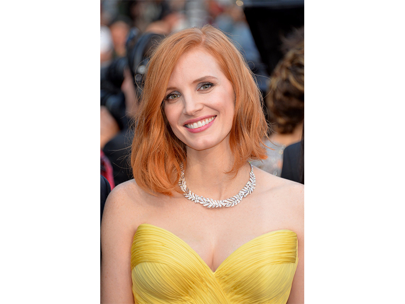Piaget Jessica Chastain wore a necklace in white gold set with diamonds as well as a ring featuring a stunning yellow diamond from the new High Jewellery collection Sunny Side of Life.