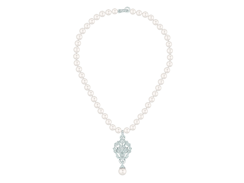 SOUS LE SIGNE DU LION NECKLACE LION NECKLACE IN 18K WHITE GOLD, DIAMONDS AND CULTURED PEARLS Chanel jewelry