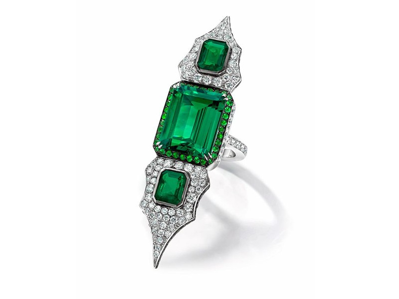 Anna Hu Modern art deco collection - Large ring mounted on white gold with diamonds, tsavorites and emeralds