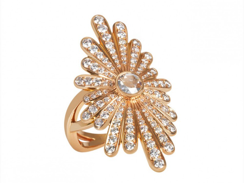 Sophie M This Soleil ring mounted on rose gold with diamonds is available at the Pop Up - CHF 10'590