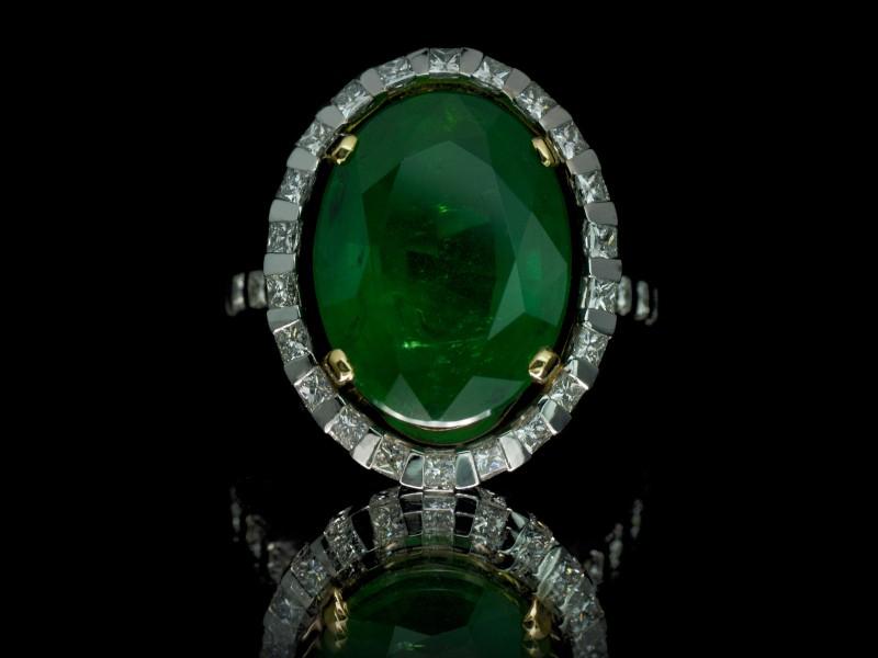 Guy & Max 3D printed jewelry ring diamonds