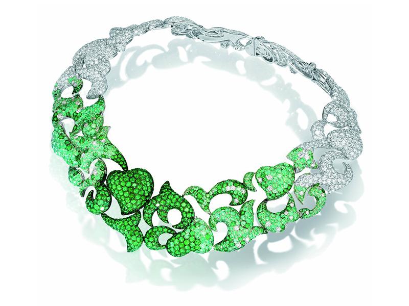 Neon colors De Grisogno green diamonds necklace