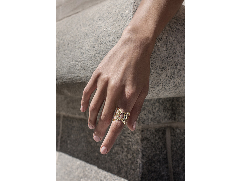 Ralph Masri From Arabesque Deco collection - Ring mounted on yellow gold