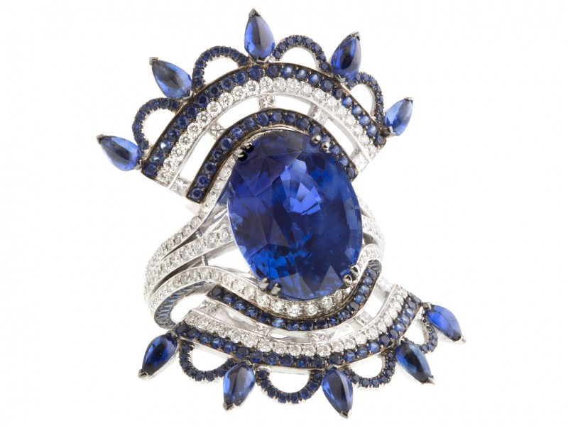 John Rubel Bleu Carmen ring mounted on white gold with sapphires and diamonds