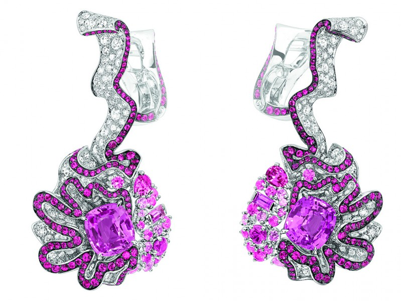 "SOIE DIOR ""FRONCE SAPHIR ROSE"" EARRINGS"