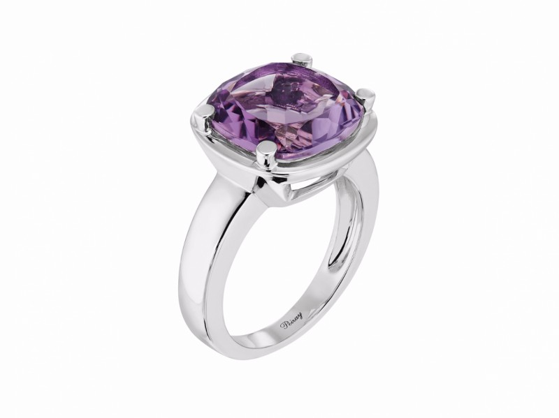 Poiray This filles antik ring mounted on white gold with amethyste is available at the Pop Up - CHF 1'885