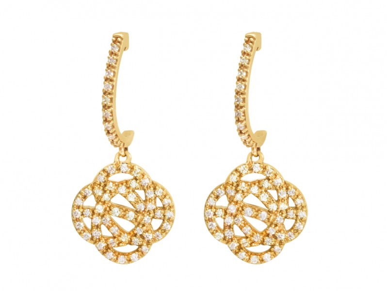 Sophie M These earrings are available at the Pop Up in yellow and rose gold - CHF 3'250