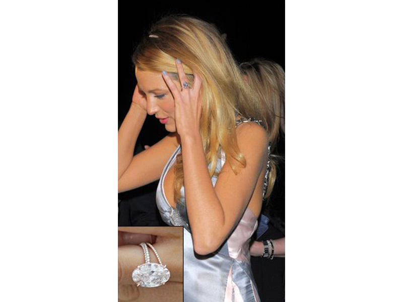 Lorraine Schwartz Blake Lively and Ryan Reynolds - 12 carat oval cut diamond with micropavé band