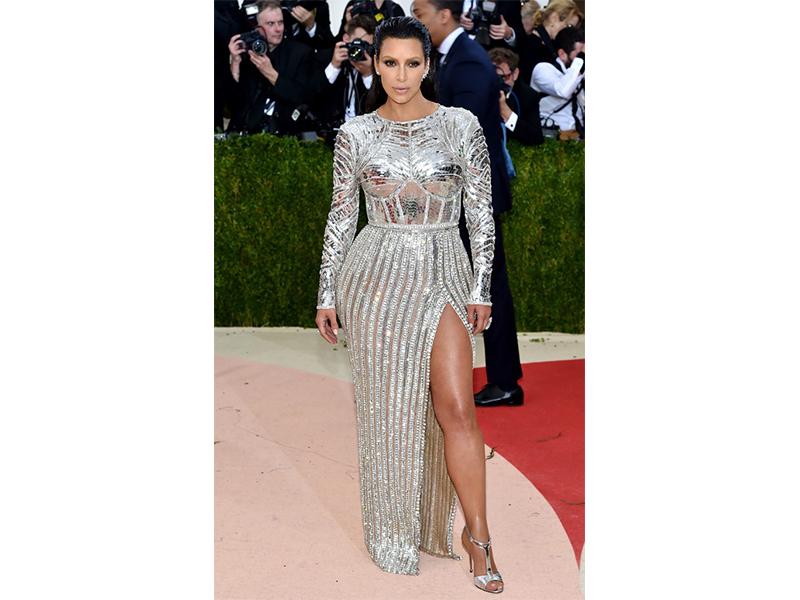Lorraine Schwartz Kim Kardashian wore Lorraine Schwartz jewelry.