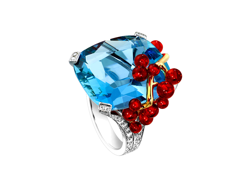 Piaget Limelight Cocktail inspiration ring 18k white gold cushion cut aquamarine