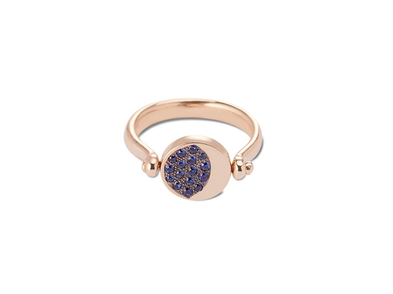 Pamela Love Reversible moon phase ring mounted on yellow gold with pave blue sapphires and black rhodium, USD$ 1'700