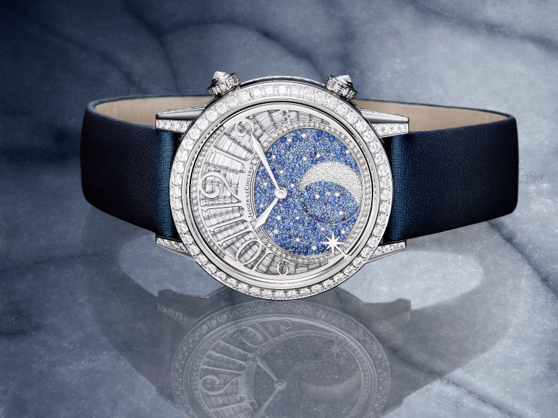 Jaeger-Lecoultre watch high jewelry blue sapphires paved in a snow-set technique