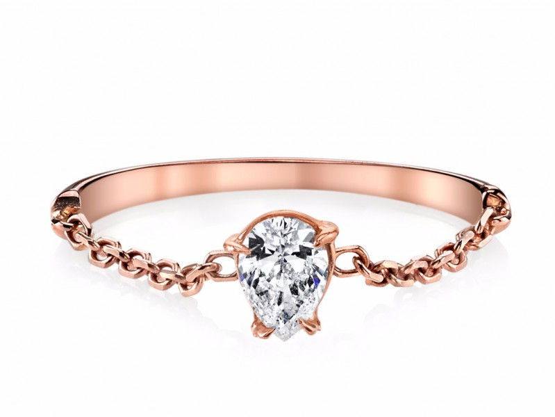 Anita Ko Pear diamond chain ring mounted on rose gold, ~ USD$ 2'375