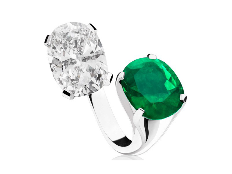 Alexandre Reza Toi et moi ring with diamond and emerald