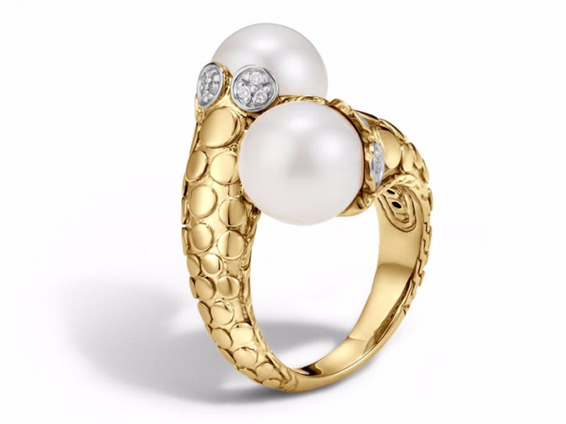 John Hardy Dot toi moi ring mounted on yellow gold with fresh water pearl and diamond