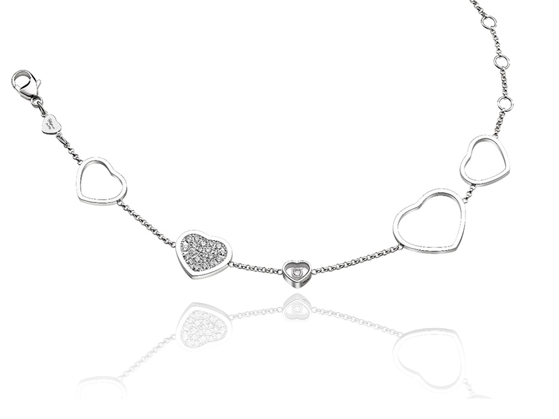 Chopard Happy Diamonds Bracelet on White gold Keeps on imagining new designs of the Happy Diamond collection