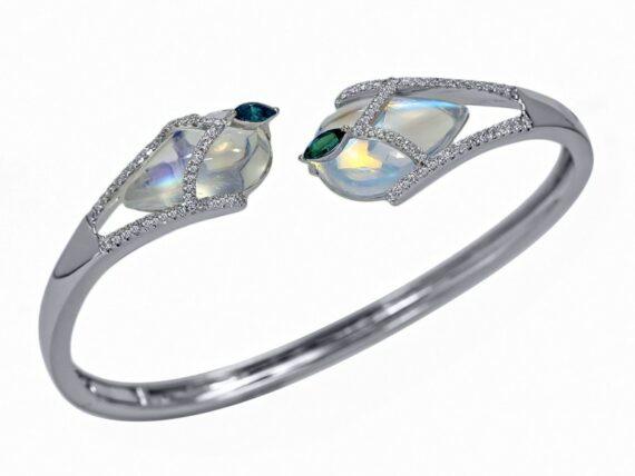 Laura Medine Taj Mahal bracelet