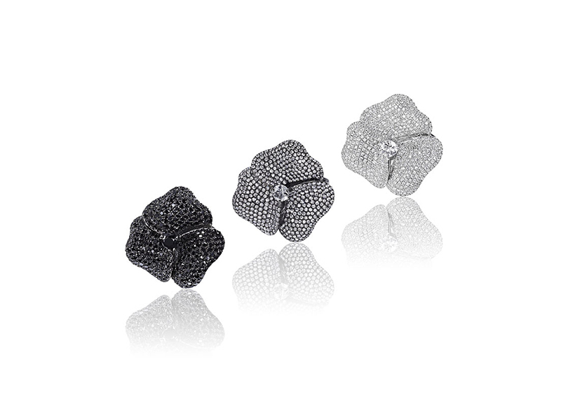 AS29 Pave Flower rings mounted on black or white gold with white and black diamonds and sapphires