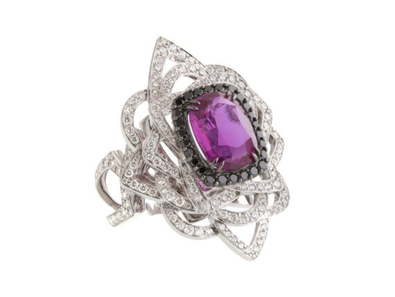 John Rubel Jolie Môme Ring set with a 4.14 carat pink sapphire from Mozambique, 1.45 carats of diamonds
