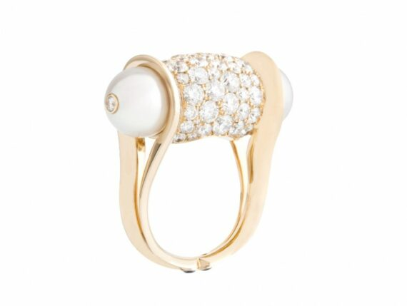 John Rubel Ginger Ring set with diamonds on yellow gold with two white pearls