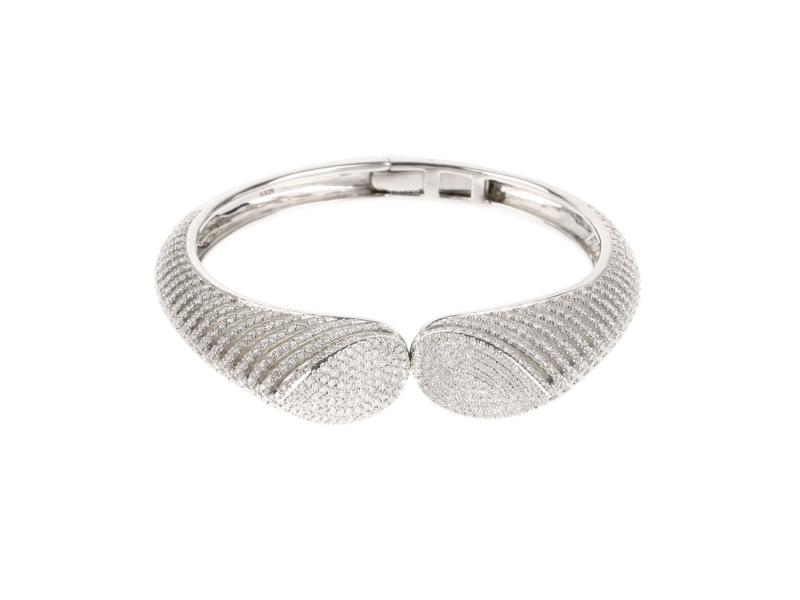 AS29 Spine cuff mounted on white gold with white diamonds