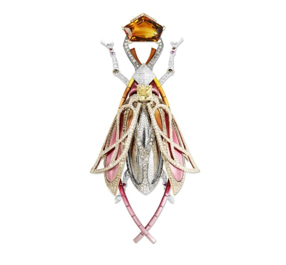 Lorenz Bäumer Scarabee Automne Brooch mounted on white gold with orange sapphires, pink sapphires, white diamonds and yellow diamonds