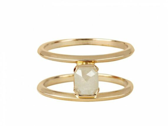 Rachel Boston Anuket ring mounted on yellow gold ~ GBP£ 1'455