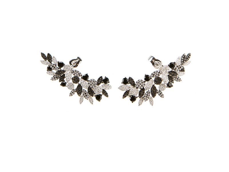 AS29 Crystal earcuffs mounted on white and black gold with black and white diamonds