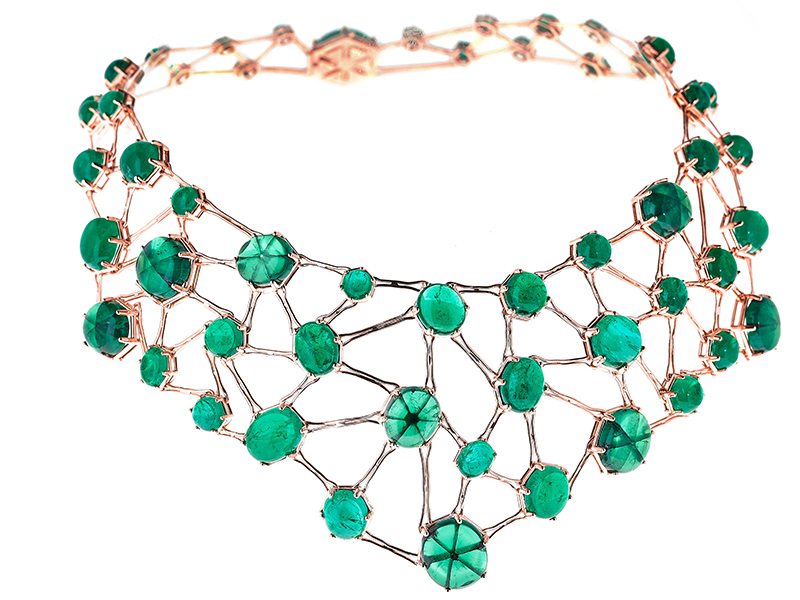 "Selim Mouzannar ""Amal"" stages 55 emeralds from the Muzo Colombian mine"