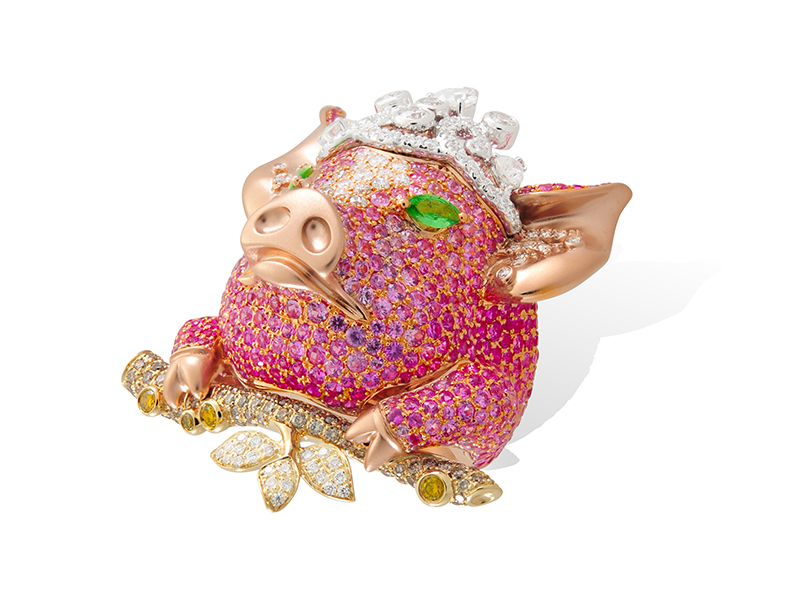 Lydia Courteille Ferme des animaux ring mounted on 18k gold with white, yellow and brown diamonds, sapphires and tsavorites