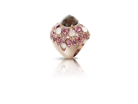 Pasquale Bruni Lady Taj ring mounted on pink gold with smoked quartz