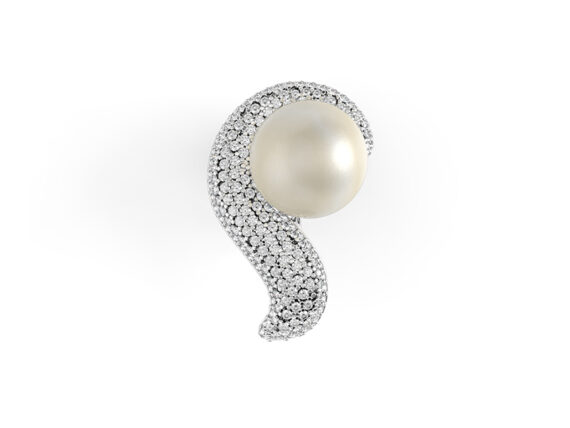 Pristine White diamond pearl earring