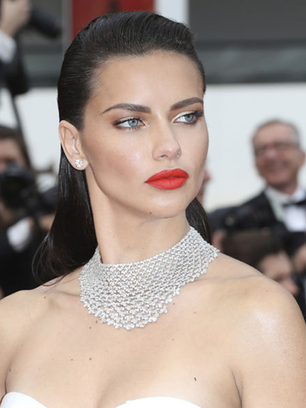 Chopard Adriana Lima wore Chopard diamonds necklace. cannes red carpet 2017