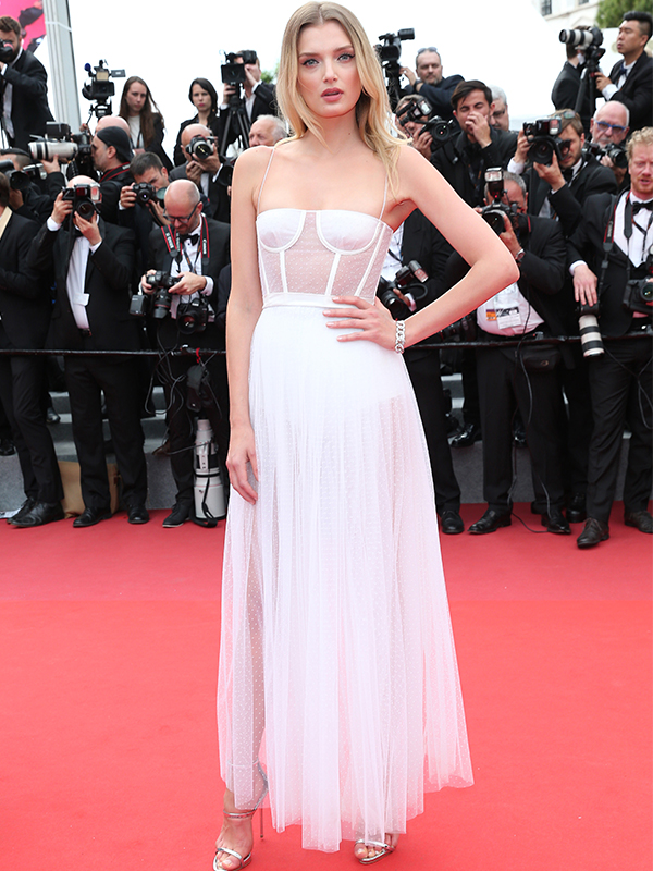 Cartier Lily Donaldson wore Cartier High Jewelry bracelet and Etincelle de Cartier earrings. cannes red carpet 2017