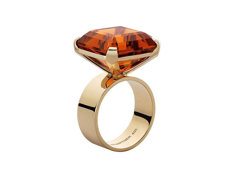 Daniela Baumgartner Evidence Ring set with a Citrine Madère of 25,14 carats