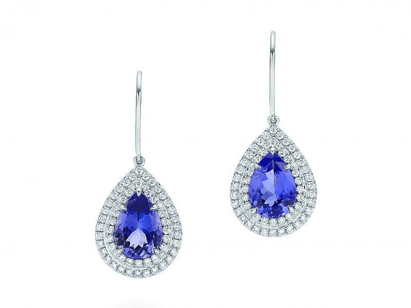 9- Tiffany - Soleste earrings Set in platinum, this pair of earrings is mounted with pear cut tanzanites and two rows of brillant cut diamonds.  ~13'400.- Euros
