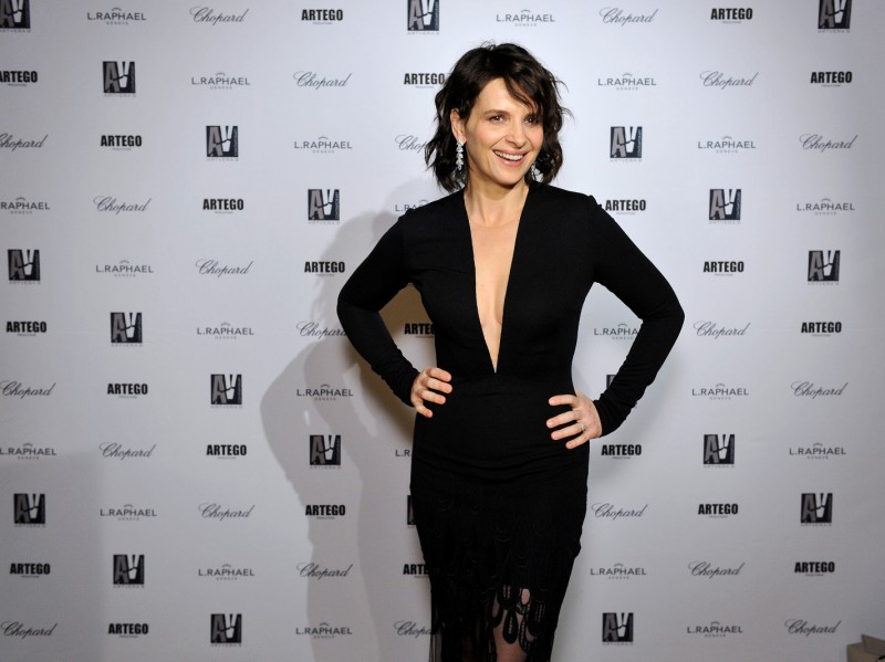 Juliette Binoche French actress adorned with High Jewelry pieces from Chopard