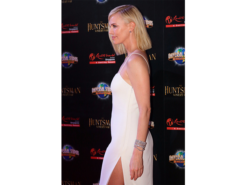 "Harry Winston Charlize Theron wearing Harry Winston Diamonds to the Singapore premiere of ""The Huntsman: Winter's War"""