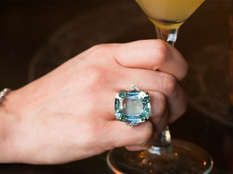 Cocktail ring blue