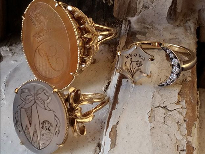 Seal and scribe Jewelry