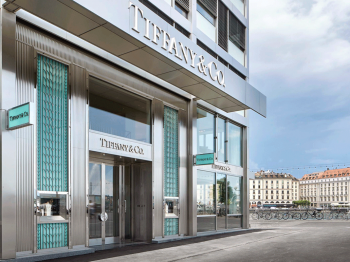 Breakfast at Tiffany's for the opening of the first store in Geneva