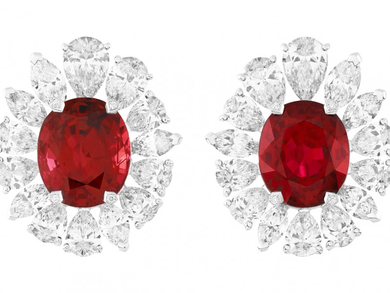 Van Cleef & Arpels (d) Vermillion Earrings, Pierres de Caractère 2012 Collection.
