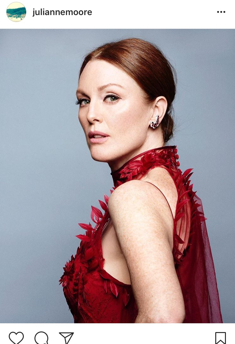 Chopard Julianne Moore wore Precious Chopard earrings.