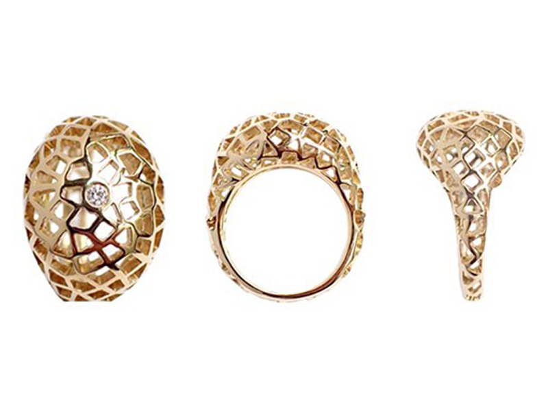 Aude Lechère Oursin collection - Ring mounted on yellow gold with one diamond