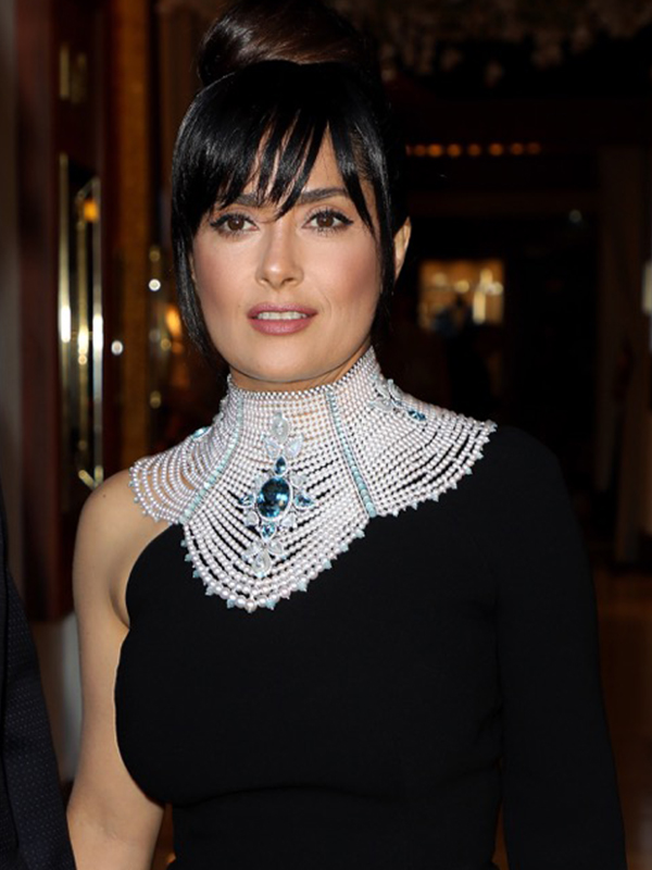 Boucheron Salma Hayek wore Baïkal necklace from the new High Jewelry Collection Hiver Impérial. Cannes red carpet 2017