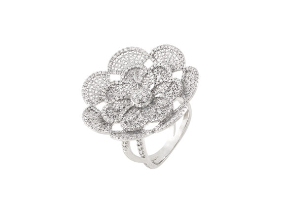 Eleuterio Blossom ring mounted on white gold with 297 diamonds